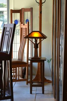 Arts & Ctafts - Craftsman - Mission - Furniture - Lighting - Accessories