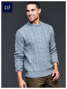 Lambswool cableknit crew sweater