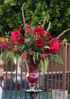 This is an arrangement made by a friend of mine, I LOVE THE CRANBERRIES!