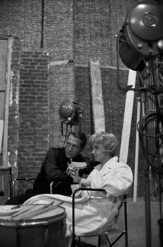 PAUL NEWMAN ET SON EPOUSE JOANNE WOODWARD EN FRANCE, 1960.