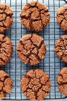 Rich, spicy, heart-warming vegan molasses cookies. Mmm… These gems are brimming with ginger, cardamom, cinnamon, and the robust flavour of molasses. They're soft, chewy, and oh-so comfo…