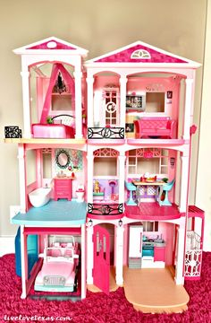 Best Barbie Christmas Gift Ideas for Girls: Ultimate 2019 Shopping Guide : Wondering what to get the little girl in your life this holiday season? This list of the Best Barbie Christmas Gift Ideas for Girls takes the guess work out of it for you! Barbie Chelsea Doll, Barbie Doll Set, Barbie Sets, Barbie Doll House, Barbie Dream House, Disney Barbie Dolls, Ag Dolls, Christmas Presents For Girls, Best Gifts For Girls