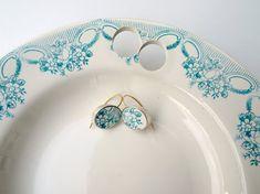Ceramic Jewelry by Gesine Hackenberg Beads Jewelry, Jewelry Crafts, Jewelry Art, Silver Jewelry, Handmade Jewelry, Jewelry Design, Jewelry Accessories, Porcelain Jewelry, Ceramic Jewelry