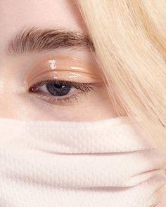 melt cosmetics makeup beauty eyeshadow mascara eyebrows inspiration smokey eyes tutorial makeup idea lips eyeliner