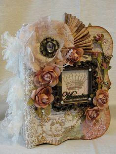 Lots of pics showing this beautiful mini - ELITE4U Susie Shabby Chic Handmade Premade Chipboard Envelope Scrapbook Album | eBay