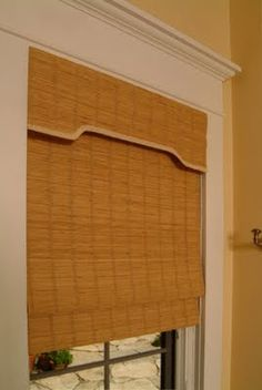 So what are the current trends in window treatments? The key words are simplicity and minimalism with an emphasis on crisp, clean line. Woven Wood Shades, Natural Weave, Diy Curtains, Great Pictures, Window Treatments, Blinds, Minimalism, Family Room, Windows