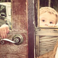 2 year old photo shoot . Old stage coach . Toddler