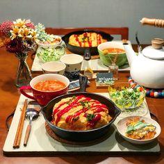 手抜きなんて思われない♡ボリューム満点な楽ちんおかず12選 - LOCARI(ロカリ) B Food, Food Menu, Food Gallery, Food Articles, Recipes From Heaven, Aesthetic Food, Miniature Food, Korean Food, Food Presentation