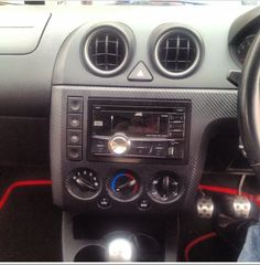 New stereo and carbon facia!