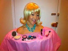 disfraz casero para carnaval del busto de barbie para maquillar