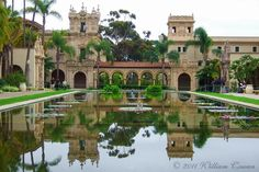 Balboa Park is world famous. The 1,200-acre park in the center of the city is home to the San Diego Zoo, Museum of Man, San Diego Museum of Art, San Diego Natural History Museum, Museum of Photographic Arts and 14 other museums. Enjoy theater on the Old Globe's three stages and free concerts at the Spreckels Organ Pavilion.