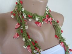 Hand Crocheted Oya Necklace green red flowers by colourfulrose, $22.25