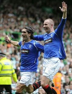 Pedro Mendes and Kenny Miller