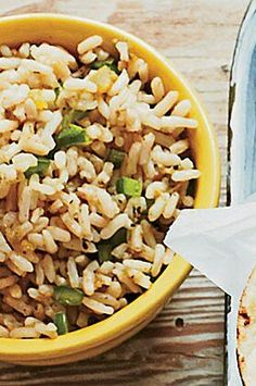 Spicy Green Rice makes a great—and quick— accompaniment to your favorite taco dinner.#easyrecipes #quickeasyrecipes #quickrecipes