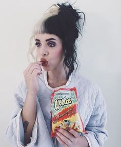Discovered by ヤンデレ. Find images and videos about melanie martinez, cry baby and crybaby on We Heart It - the app to get lost in what you love. Melanie Martinez Style, Mel Martinez, Fangirl, Crazy People, Cry Baby, Celebs, Celebrities, Adele, Ikon