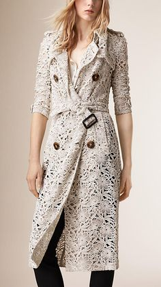 Burberry White Slim Fit Macramé Lace Trench Coat - Image 2