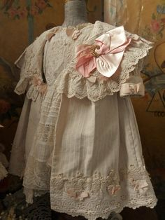 ~~~ Marvelous 4 Piece French Bebe Couture Outfit ~~~ from whendreamscometrue on Ruby Lane Sewing Baby Clothes, Vintage Baby Clothes, Baby Clothes Patterns, Vintage Outfits, Sewing Patterns, Baby Sewing, Clothing Patterns, Little Girl Dresses, Flower Girl Dresses