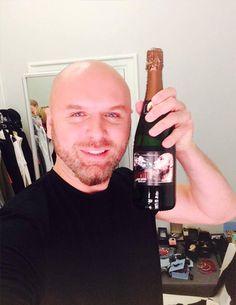 šampanieša pudeļu etiķetes