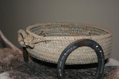 western/cowboy rope wreath | Western Cowboy Lariat Rope Basket with Horseshoes from Plus Z Ranch