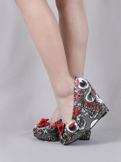 oh my <3 love these amazing wedges by Iron Fist ! #shoes #wedges #iron_fist
