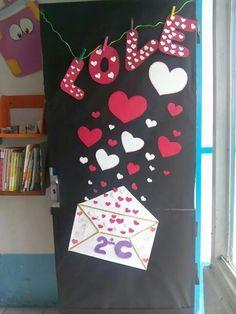 San valent n for Decoracion de puertas de san valentin