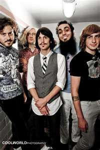Foxy Shazam is this crazy good band that I can't stop rocking out to lately.  The guys are pretty and the music is cheesy for a great #cutengeeky vibe.  Check 'em out ladies and gents at #squishable!
