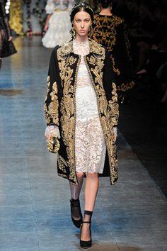Dolce & Gabbana Fall 2012 Ready-to-Wear