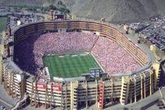 Estadio Monumental U. Club Universitario de Deportes. Lima. Perú