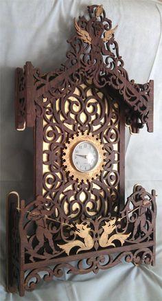 Cherub clock, scroll saw fretwork pattern