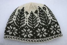 The Timbers Hat, a stranded Norwegian knitting pattern and knitting kit design