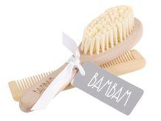 Geschenkset Bürste und Kamm - BAMBAM - Inhalt: Kamm, Bürste, Stoffbeutel  - Material: Holz  - Maße: Kamm 12cm lang