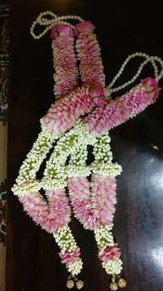 #jaimaala #varmaala #weddinggarland @florenzaa flowers Contact 9818379627