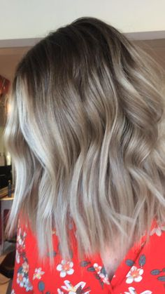 Silver Blonde Ombre, Dark Blonde Hair, Balayage Hair Blonde, Hair Color Dark, Ombre Hair Color For Brunettes, Brunette Hair With Highlights, Pregnancy Hair Color, Low Maintenance Hair, Gorgeous Hair Color
