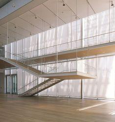 Art Institute of Chicago | Renzo Piano Building Workshop; Window screens: Hunter Douglas Contract; Photo: Bob Perzel | Archinect