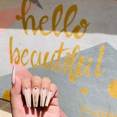 Nude Pink and Gold Abstract Nails Gold Nails, Pink Nails, Hand Pose, Vacation Nails, Swarovski Nails, Press On Nails, Wedding Nails, Coffin Nails, Summer Nails