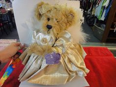 Angel Bear Annette Funicello Goldie The 50th Golden Angel Bear Good Condition
