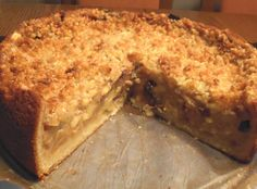 Germany is the country of making the best cakes and bread. Today find out how to make the Apple Cake Vienna Style. This cake has 3 layers. German Cakes Recipes, Apple Cake Recipes, Dessert Recipes, German Pound Cake Recipe, Apple Kuchen Recipe German, Easy German Recipes, Bavarian Recipes, Apple Cakes, Dutch Recipes