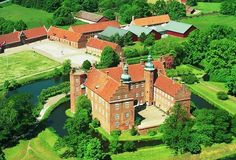 Gammel Estrup-Herregårdsmuseet_ - Google Search