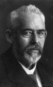 Maximilian Franz Joseph Cornelius Lobo era un alemán astrónomo y un pionero en el campo de la astrofotografía .Trabajando en el Observatorio de Heidelberg-Königstuhl, del que acabó siendo director en 1909, descubrió 248 asteroides. Fue pionero en la aplicación de la fotografía astronómica para automatizar el descubrimiento de asteroides en oposición al clásico método visual.