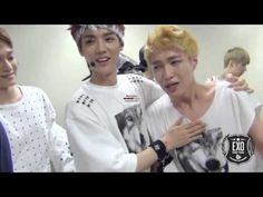 EXO Lay & Kai crying at exo first win (LAYHAN & TAEKAI) poor guys! And what the heck? Taking pics of Kai crying? They are such weirdos ㅋㅋㅋ you gotta love them ;)