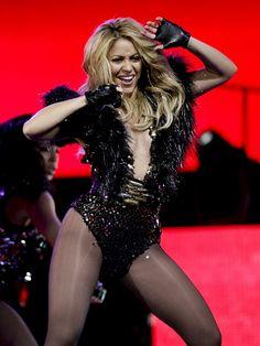 bcee8e8721d Οι 41 καλύτερες εικόνες του πίνακα Shakira | Singers, Singer και ...
