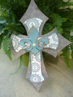 Decorative wooden cross.
