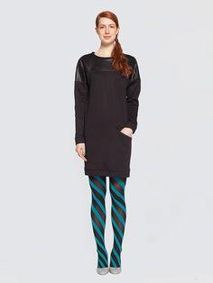 Zwarte jurk 'Deer Jerkey' Designed by LikeThis  Zwarte jurk van leer en katoen met een zak