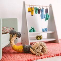 Clothes rack #macarenabilbao #dolls #crochet