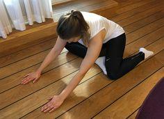 Jäykkyyden ja lihaskipujen taustalla kireät faskiat? 5 avaavaa venytystä Gluteal Muscles, Health Fitness, Abs, Workout, Lifestyle, Crunches, Abdominal Muscles, Work Outs, Health And Fitness