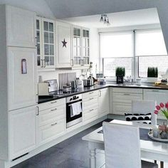 57 Best White Kitchen Design Ideas To Inspiring Your Kitchen - Home/Decor/Diy/Design Black Kitchen Chairs, Kitchen Ikea, Kitchen Sets, Home Decor Kitchen, Kitchen Interior, Home Kitchens, Kitchen Cupboard, Kitchen Country, Kitchen White