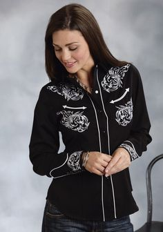 Roper® Women's Black Embroidered Long Sleeve Snap Western Show Shirt