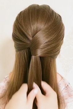 Hairdo For Long Hair, Bun Hairstyles For Long Hair, Braided Hairstyles, Front Hair Styles, Medium Hair Styles, Hair Style Vedio, Hair Tutorials For Medium Hair, Hair Videos, Hair Hacks