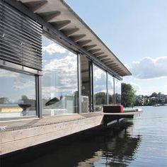 ღღ Modern Boat Berlin