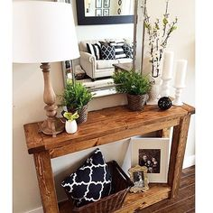 Editorial-worthy Entry Table Ideas Designed with Every Style #entryway #entrance #table